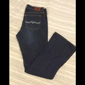 LUCKY BRAND JEANS. (5/22)